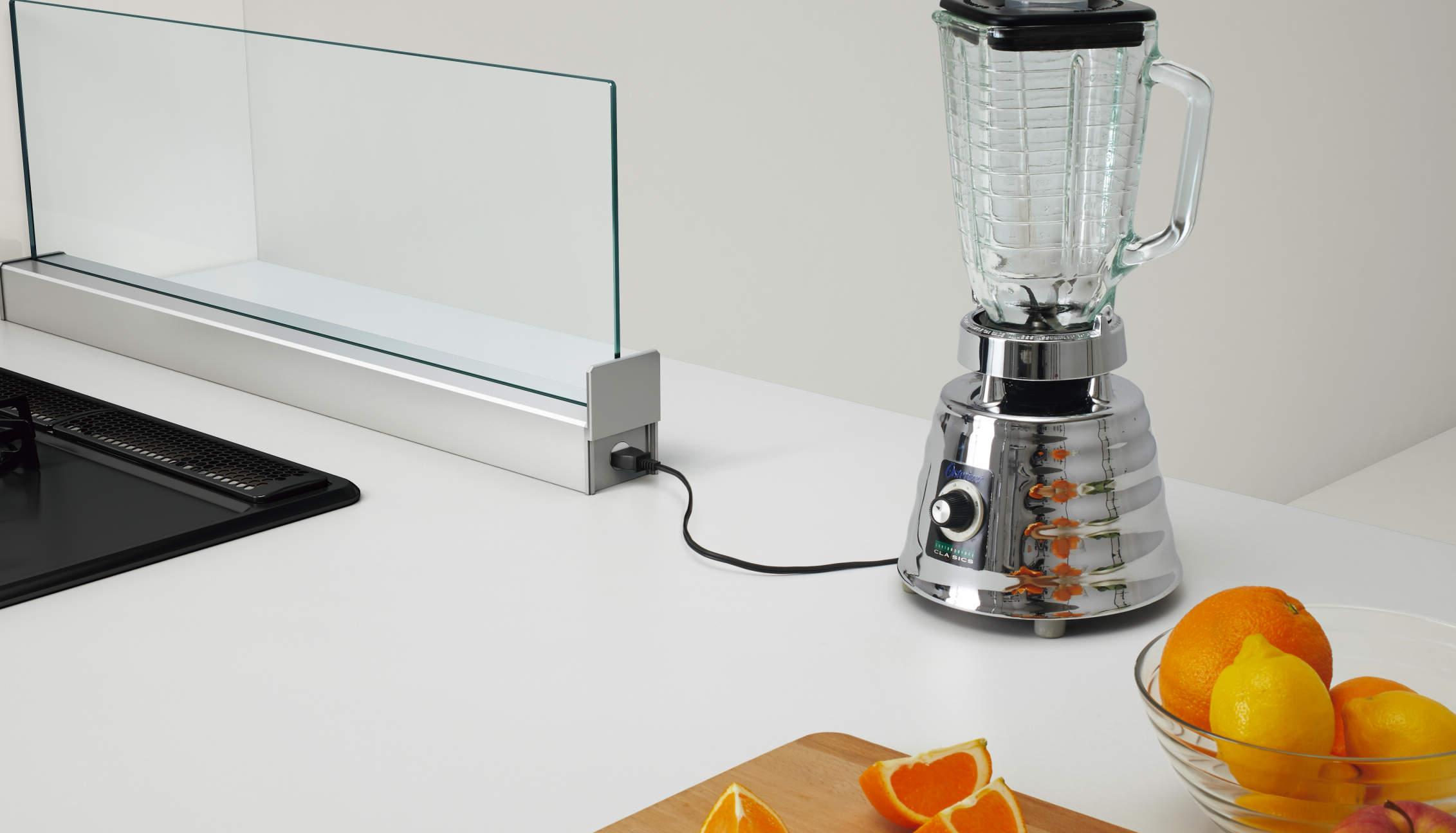 キッチンリフォームで使い勝手の良いコンセント設計も可能
