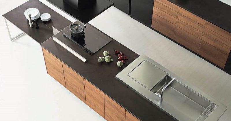 キッチンのワークトップは、ステンレス、人工大理石、セラミック、どれがおすすめ?【 口コミご紹介】