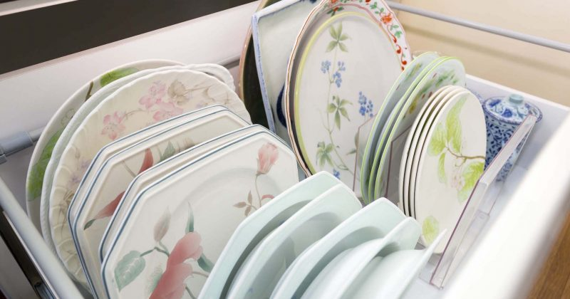 使いやすいキッチン収納の第一歩!「捨てる」ではなく「分ける」から始めよう サムネイル画像
