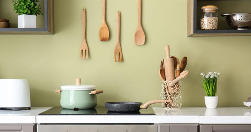 北欧風やカントリー調も!デザインテイスト別キッチン収納術